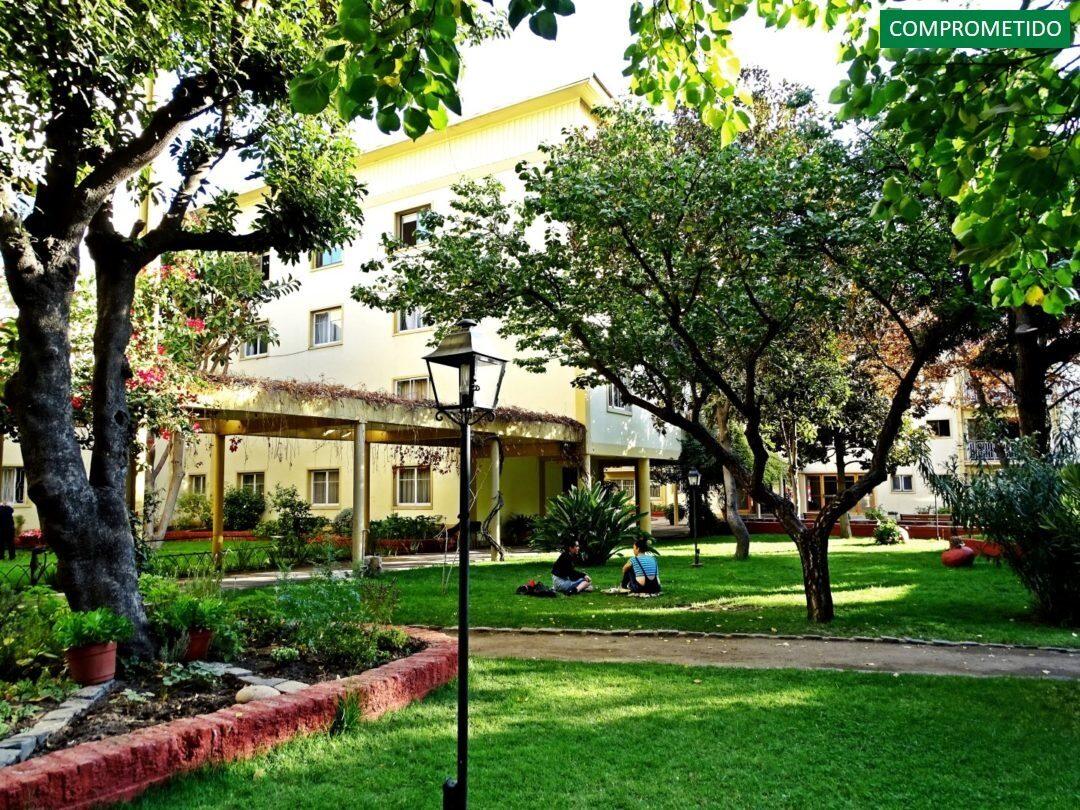 Años 50 con Jardín Interior